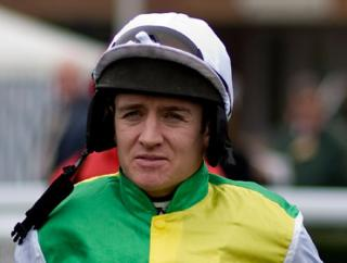 Barry Geraghty rides the well-backed Artful Artist at Galway