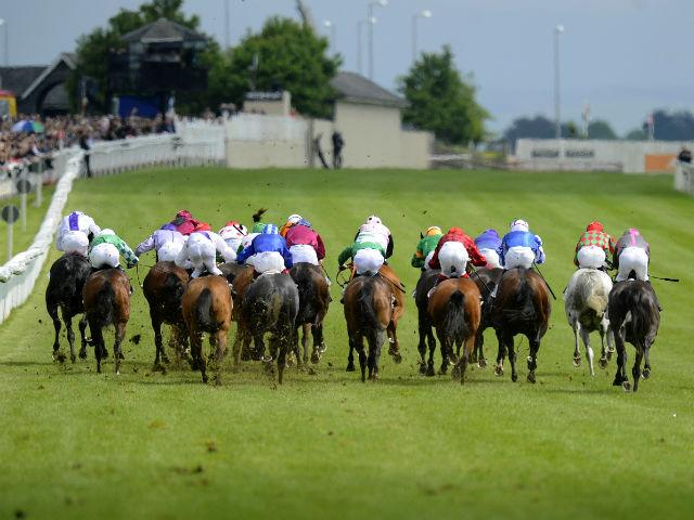 There is Flat racing from the Curragh on Sunday