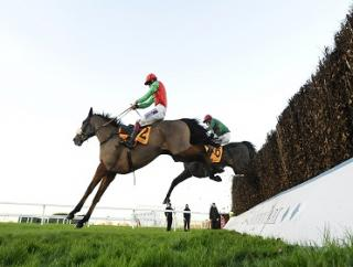 Dodging Bullets on his way to Tingle Creek victory