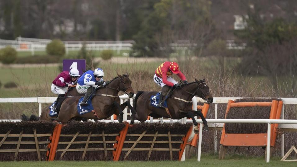 Pont de vaux horse racing betting terms striker9 pro binary options system that works