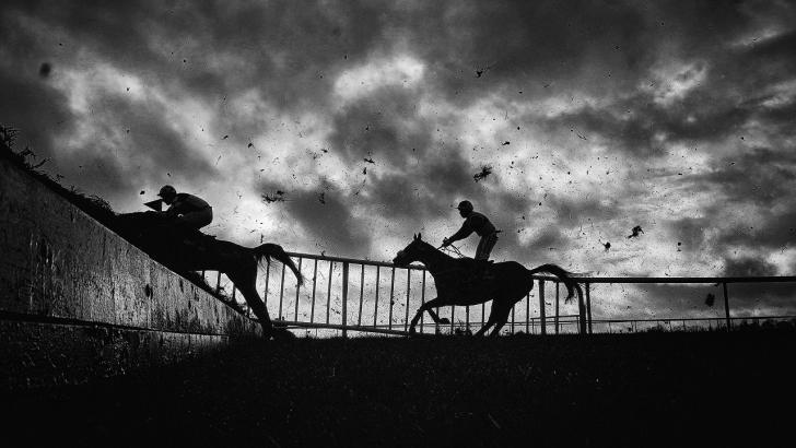 There's top class jumps action at Auteuil