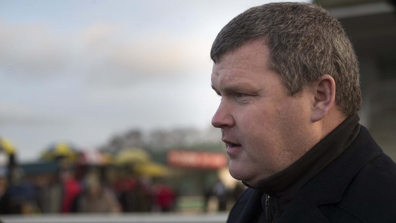 gordon elliott - photo #17