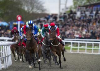 Kempton is the venue for all three of today's FTM selections
