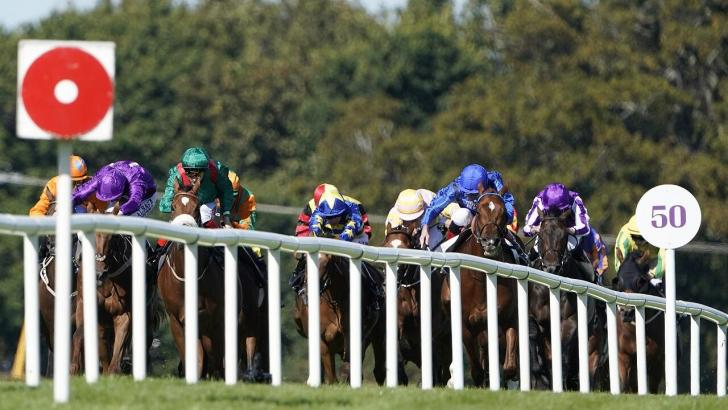 Horse racing at Leopardstown