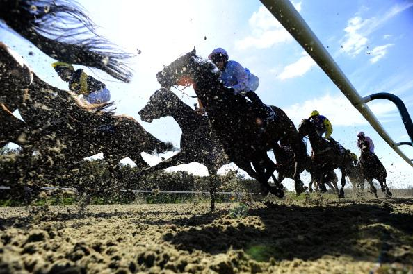 Alan Dudman has two bets for Lingfield's all-weather card on Saturday