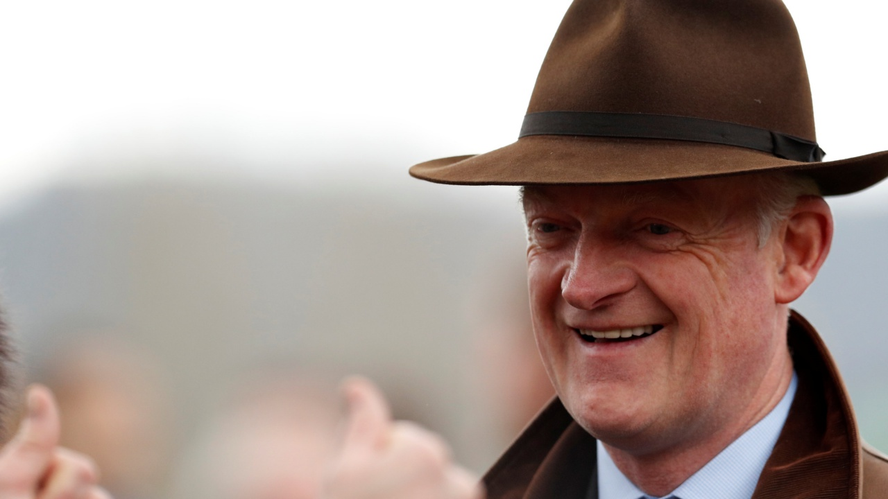 Willie Mullins thumbs up 1280 .JPG