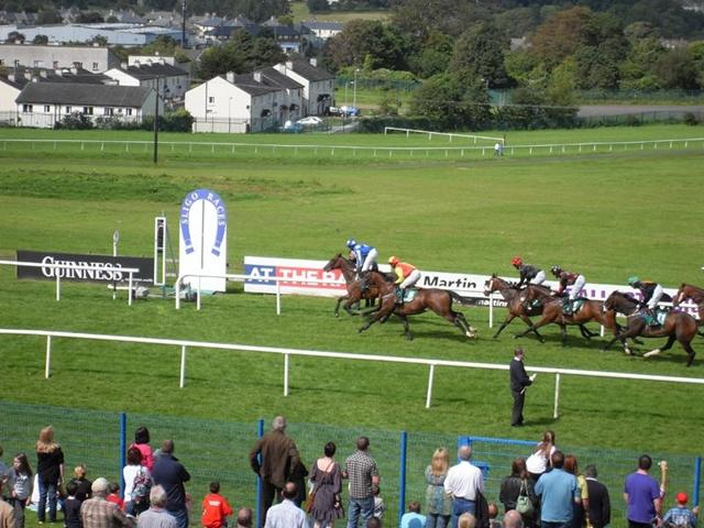 There is Flat racing from Sligo on Tuesday evening