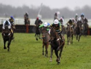 Top-class hurdler My Tent Or Yours can win at Kempton