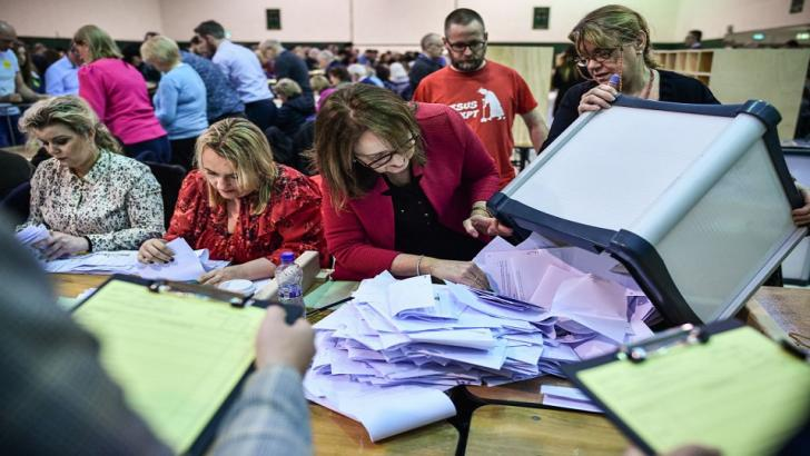 Volunteers count votes in Ireland's election