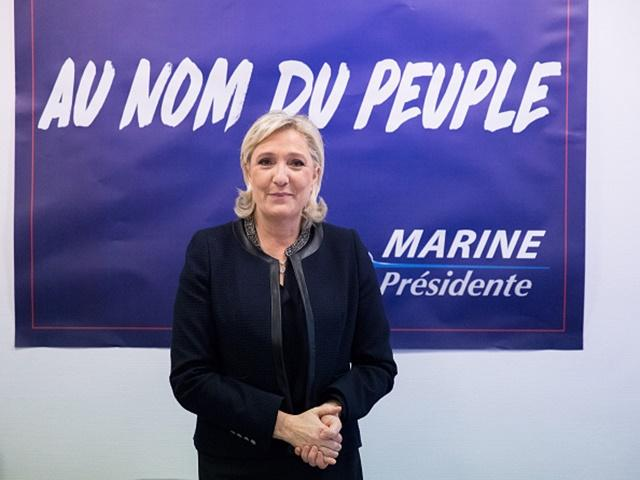 Marine Le Pen remains very much an underdog for the French election