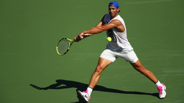 Rafa Nadal long shot 1280-thumb-640xauto-75766.jpg