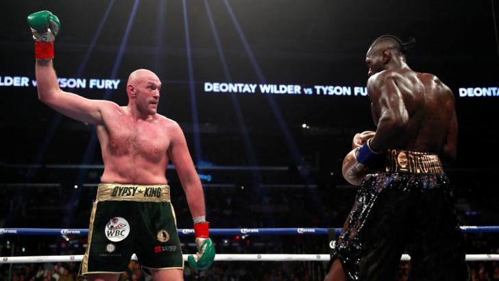 Tyson Fury fighting Deontay Wilder